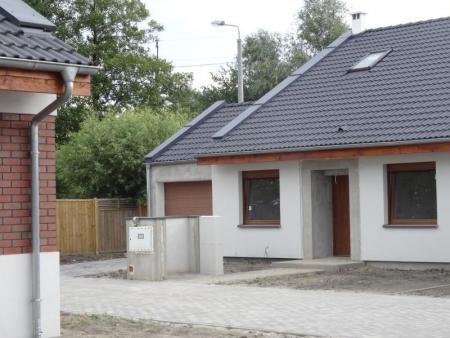 domy jednorodzinne na Osiedlu Konarskim pod Kórnikiem 3